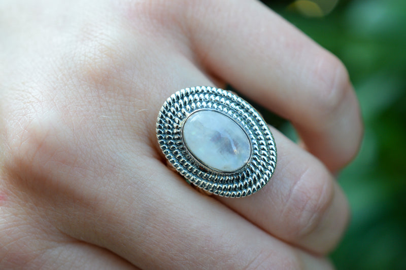 925 Silver Rainbow Moonstone Decorated Oval Ring