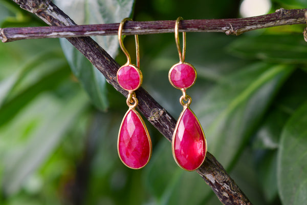 925 Silver Gold-Plated Diamond-Shaped Faceted Ruby Earrings