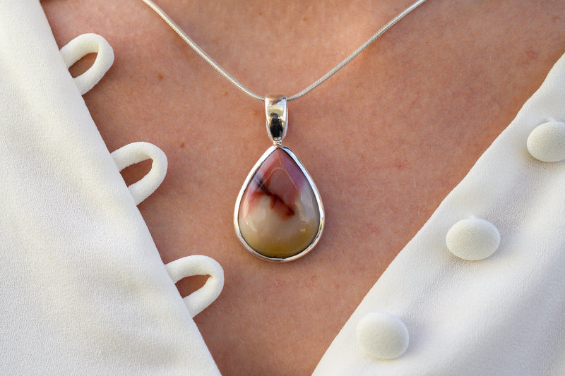 925 Silver Drop-Shaped Mookaite Pendant