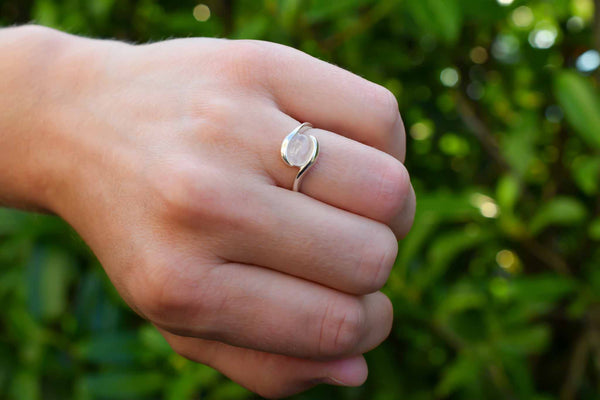 925 Silver Small Rose Quartz Intertwined Ring
