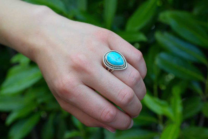 925 Silver Drop-Shaped Turquoise Decorated Ring