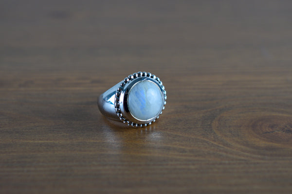 925 Silver Large Round Rainbow Moonstone Decorated Ring