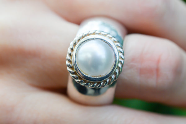 925 Silver Cultured Pearl Heavy Decorated Ring