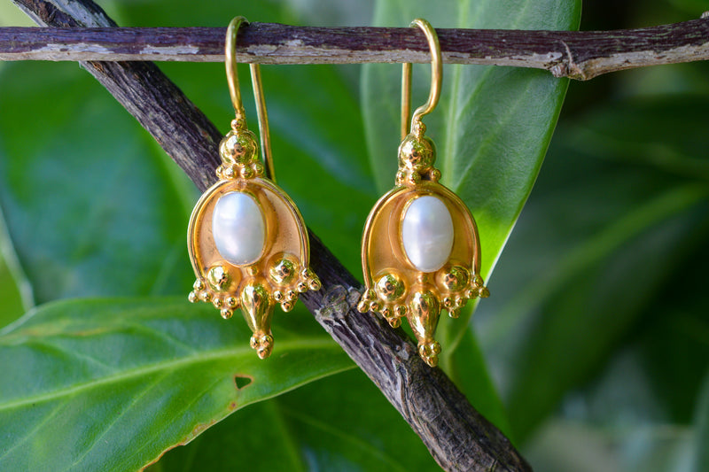 925 Gold-Plated Silver Cultured Pearl Indian-style Earrings
