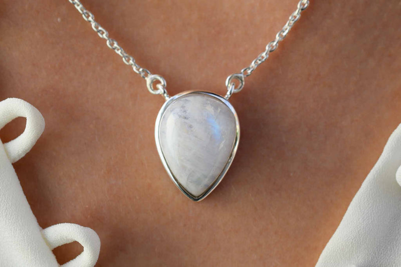 925 Silver Drop-Shaped Rainbow Moonstone Pendant with chain