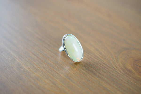 925 Silver Precious Round Medium Oval Ring
