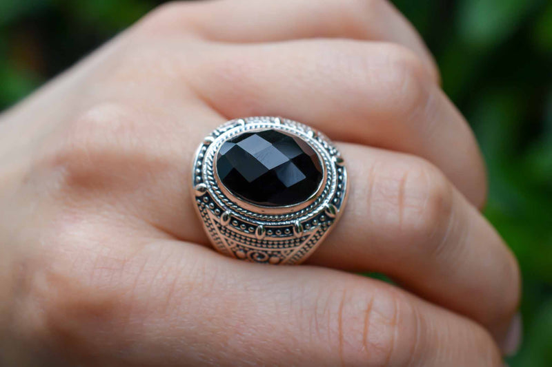925 Silver Large Oval Black Onyx Decorated Ring