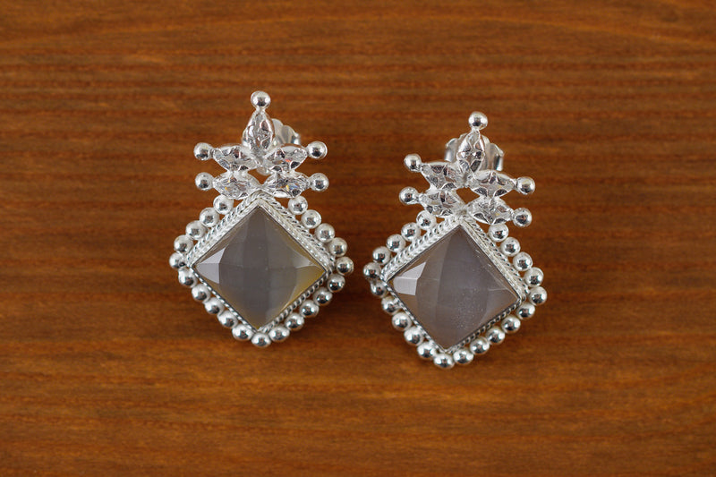 925 Silver Moonstone Decorated Stud Earrings