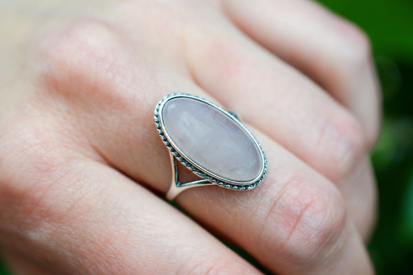 925 Silver Oval Decorated Rose Quartz Ring
