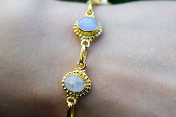 925 Silver Gold-Plated Rainbow Moonstone Multiple Closure Bracelet