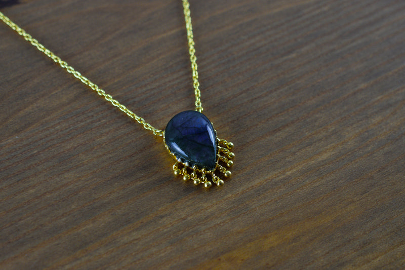 925 Silver Gold-Plated Drop-Shaped Labradorite Pendant with chain