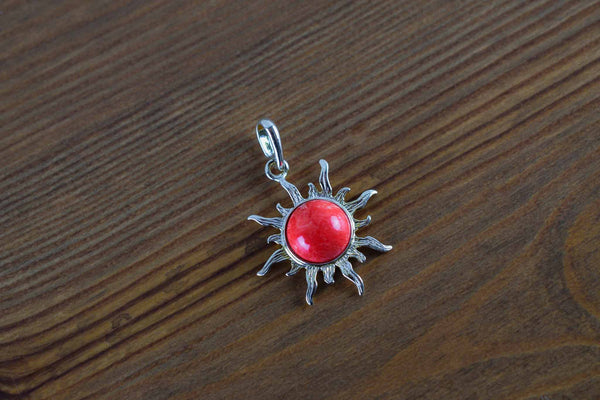 925 Silver Decorated Reconstituted Coral Large Sun-Shaped