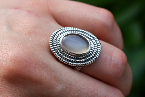925 Silver Moonstone Decorated Oval Ring