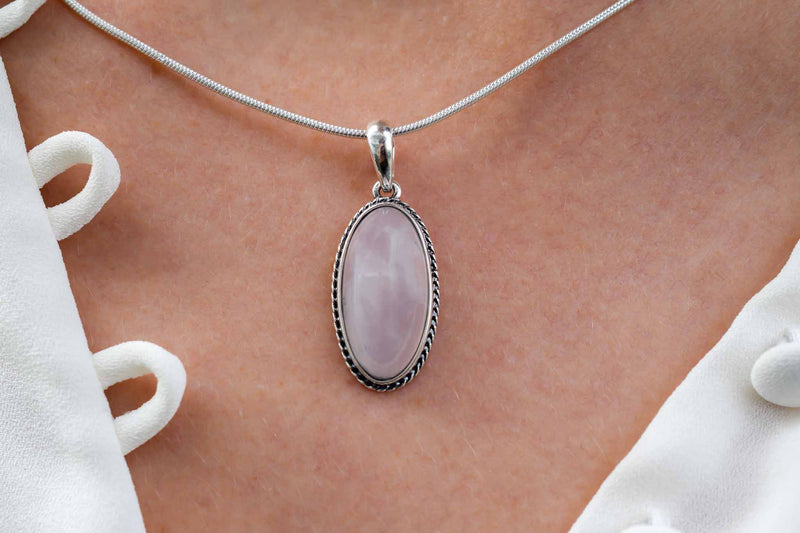 925 Silver Rose Quartz Oval Pendant
