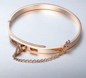 Safety Chain Cuff Bracelet - Bit of Me