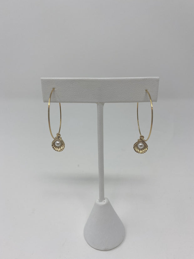 Gypsy Life Clam and Pearl Hoops