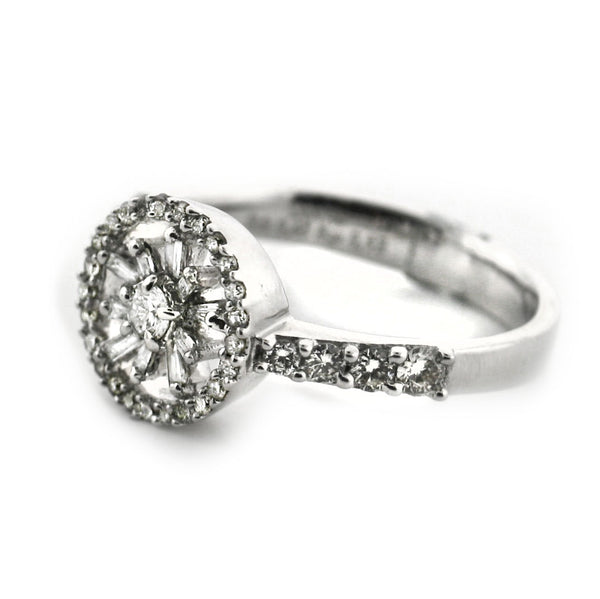 Round and Unique Flower Design Diamond Ring 18K White Gold