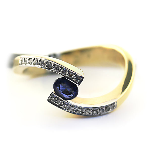 Blue Sapphire and Diamond Twist Band Ring Yellow Gold