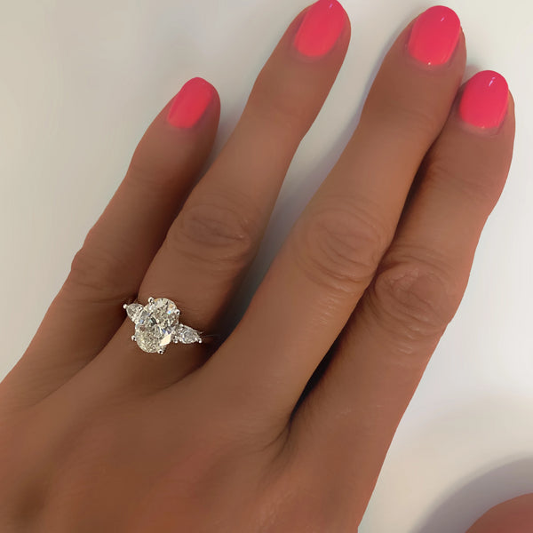 Oval Diamond Engagement Ring - Thenetjeweler