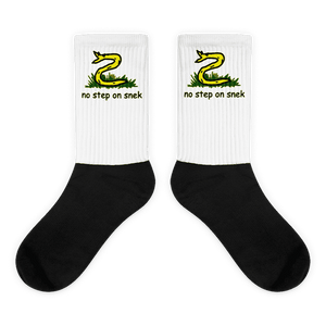 """No Step on Snek"" Socks - rightreality"