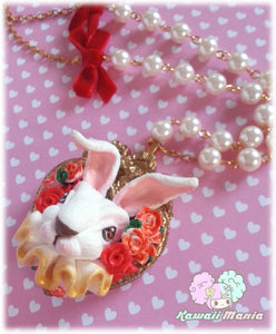 Collier Bunny Madness