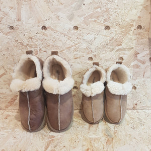 SHEPHERD - Sheepskin Slippers - Brown