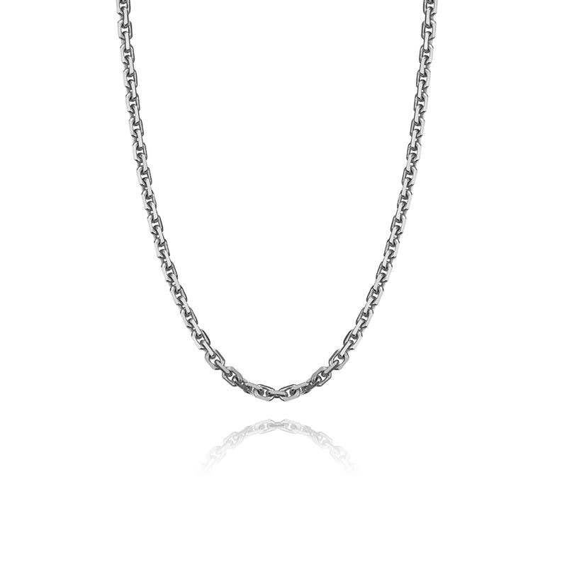 Oval link chain in 14k white gold