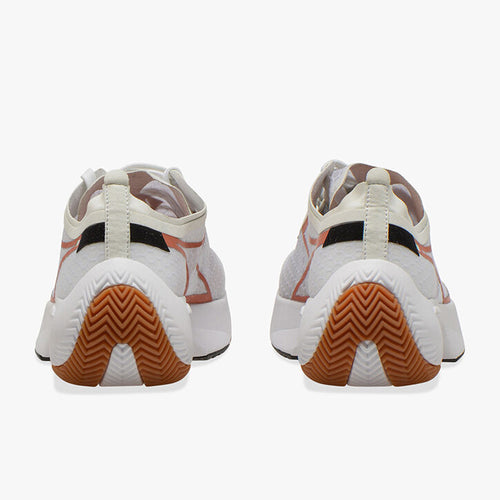 Men's Equipe Corsa Running Shoe - Lily White/Mecca Orange