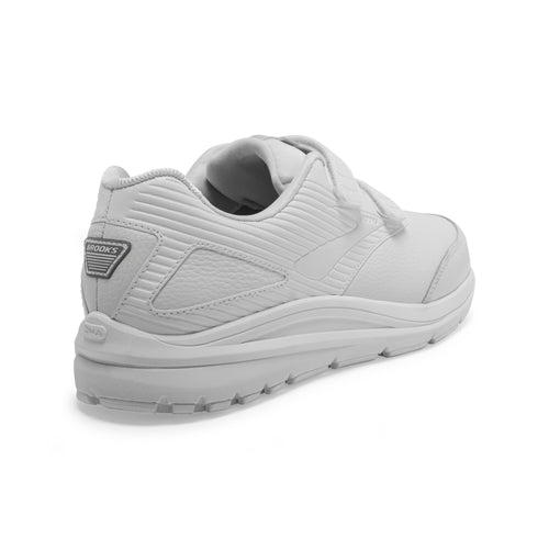 Men's Addiction Walker V-Strap 2 Walking Shoes (2E-Wide) - White/White