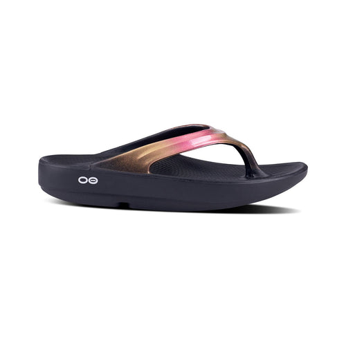 Women's Oolala Luxe Sandal - Rose Gold/Black