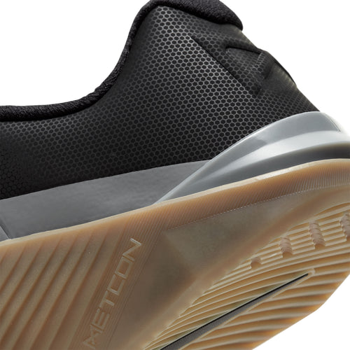 Men's Metcon 6 (D - Regular) Cross Training Shoe - Black/Iron Grey/Gum Dark Brown