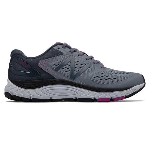 Women's 840 v4 Running Shoe - Cyclone/Poisonberry