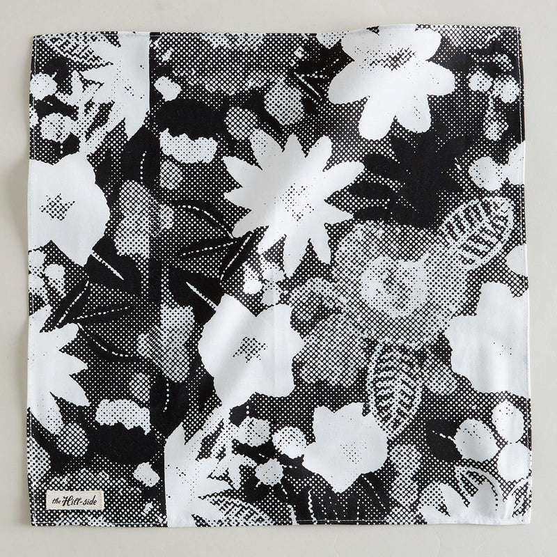 PS1-447 Big Halftone Floral Print Pocket Square