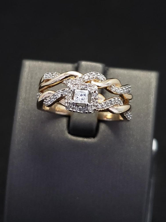 .33 CTW 10KT Yellow Gold Diamond Bridal Set