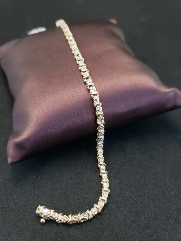 .50CTW 14KT Yellow Gold Diamond Bracelet
