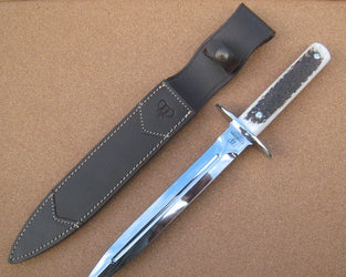 113C Cudeman Hunting Dagger With Polished Stag Antler Handle
