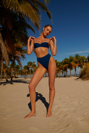 swimwear-coco-top-classic-underwire-demi-cup-thin-adjustable-straps-clasp-closure-back-blue-texture-color