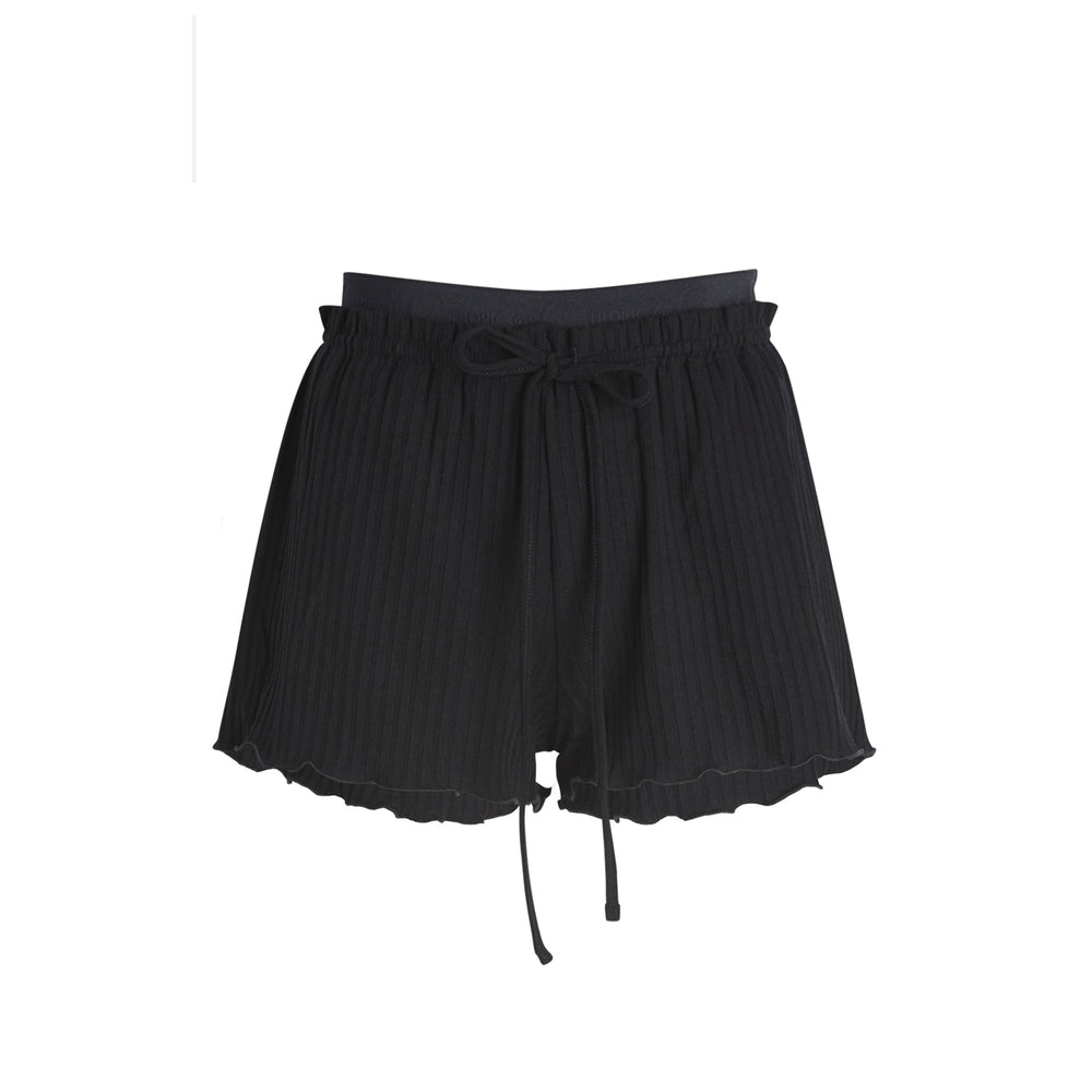 mantra short in black