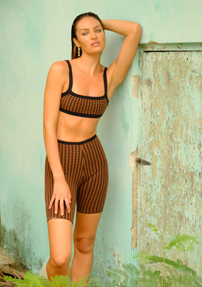 rumba short in brown houndstooth
