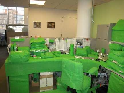 green desk prank