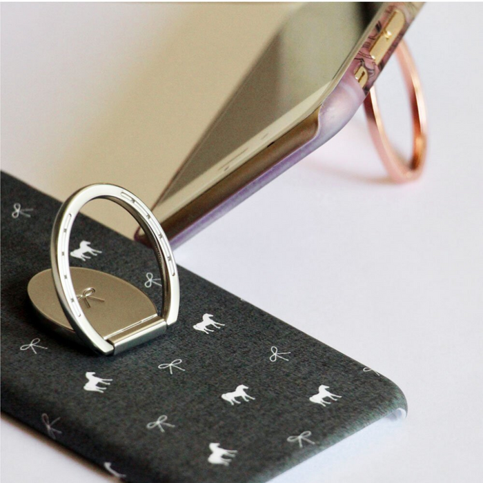 Spiced Equestrian Horseshoe Phone Ring