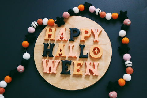 "12"" Happy Halloween Sign"