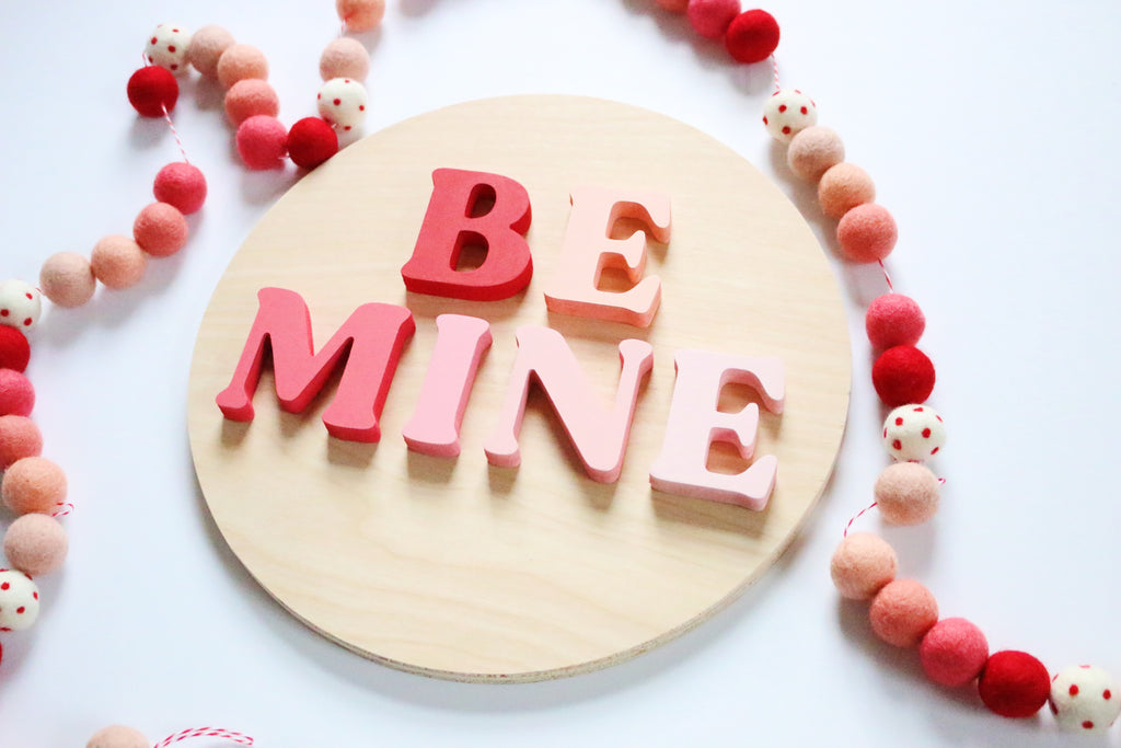 "12"" Be Mine Ombré Valentine Sign"