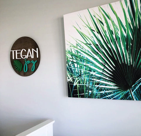 "24"" Palm Leaf Round Name Sign"