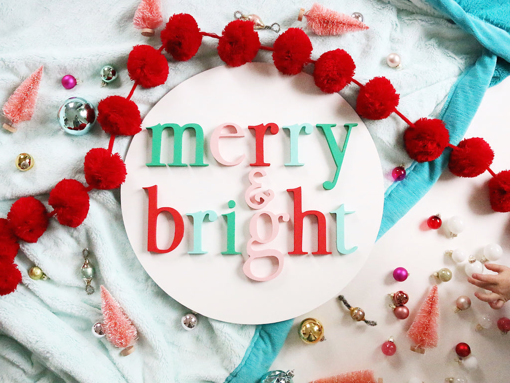 "18"" Merry + Bright Christmas Round Sign"