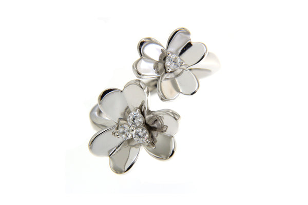 Cubic Zirconia Flowers Ring With Silver Plating