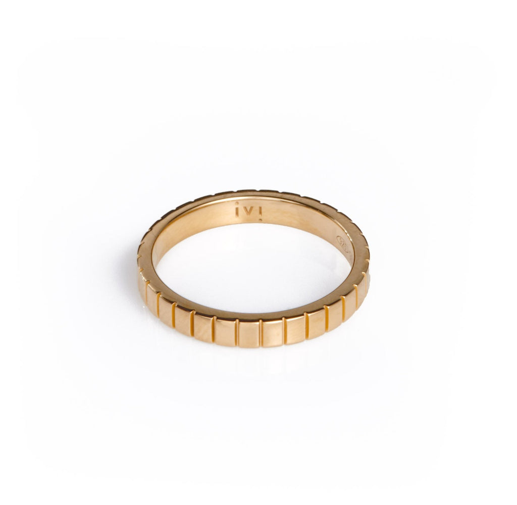 SINGLE SKINNY SLOT RING