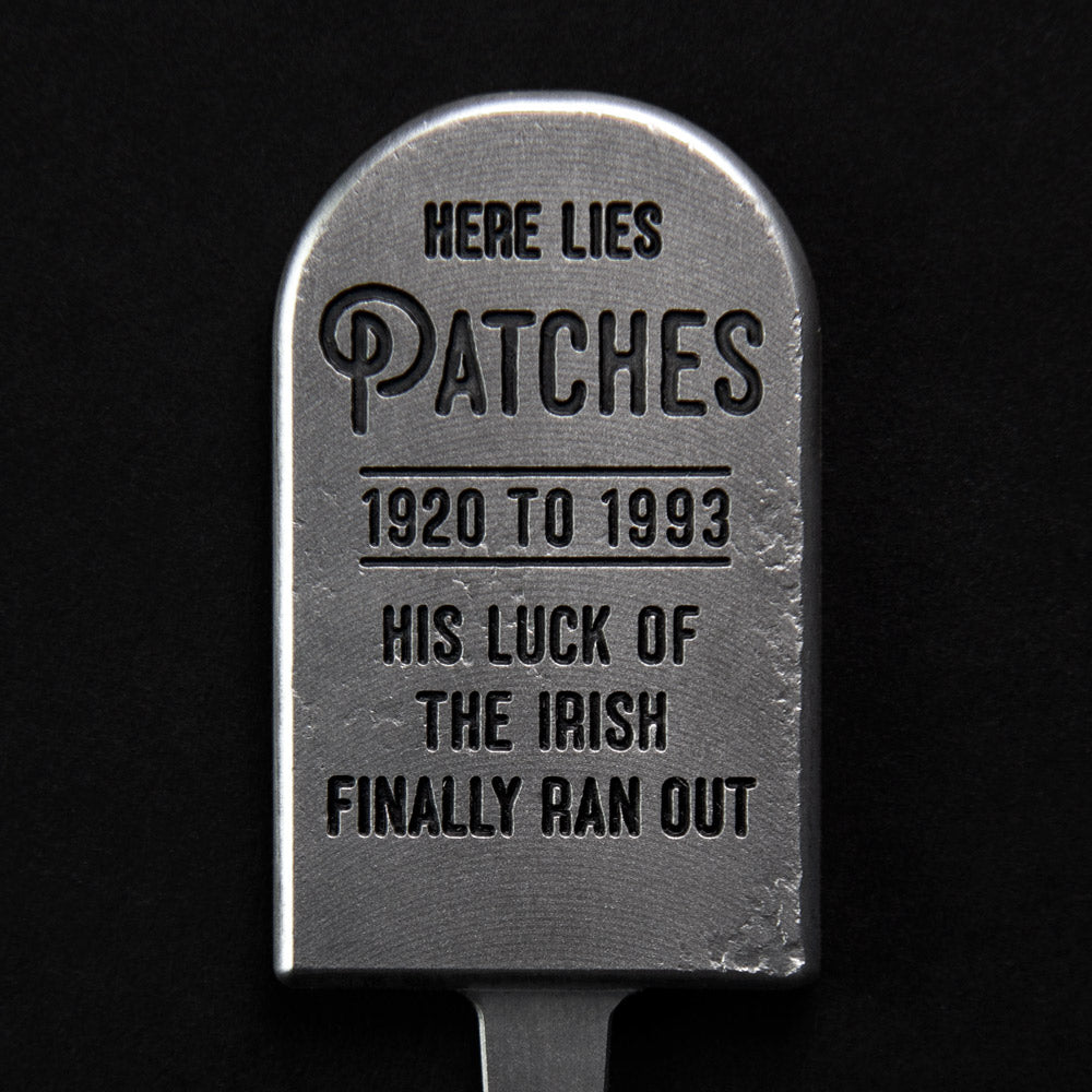 Patches Tombstone Divot Tool