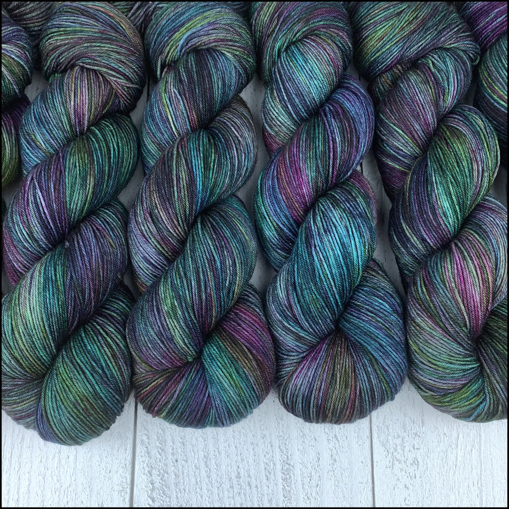 Members Only - NOVEMBER - ITW Yarn & Fiber Club Extras