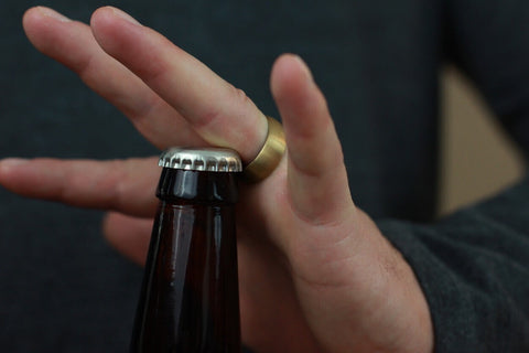 Step 3 - Position the ring properly when opening a beer